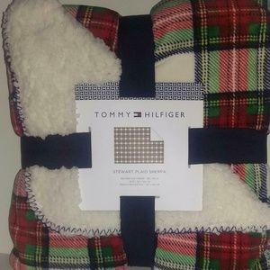 Tommy Hilfiger Plaid Sherpa Holiday Throw Blanket